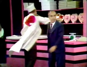 """Red Skelton accidentally punches his boss Jan Arvan in the Silent Spot in """"Sheriffs are Bought Not Made"""""""