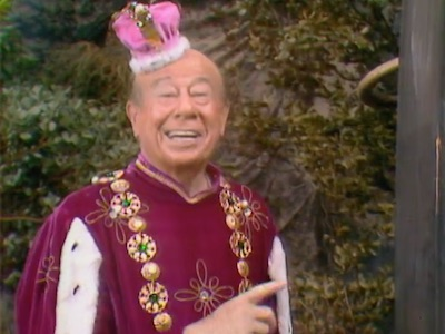 Bert Lahr stars as King Fould-Up in Where There's Smoke, There's a Dragon