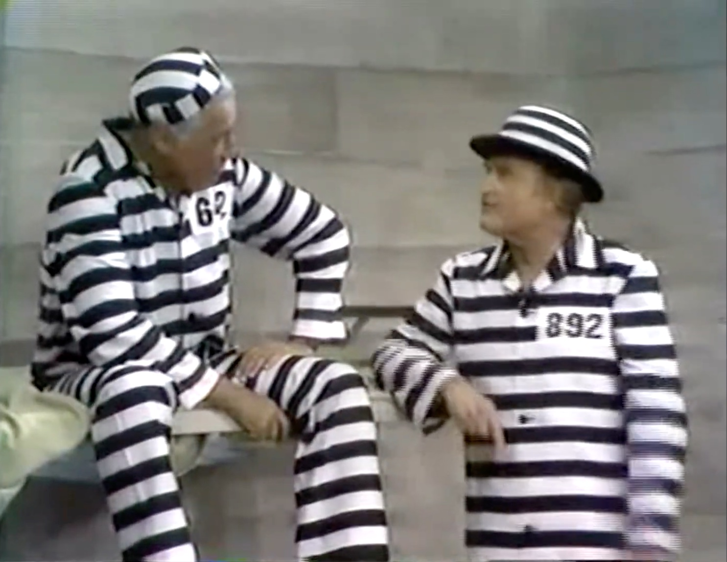 """Butch (Cesar Romero) and Bolivar Shagnasty (Red Skelton) in """"The mice refuse the horrible prison food, but kindly provide bicarbonate of soda, in """"Stone Walls Do Not a Prison Make: So They Added Iron Bars"""""""