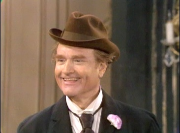Red Skelton as Clem Kadiddlehopper, trying to lose money for Jed Clampett's jewelry store - and failing!