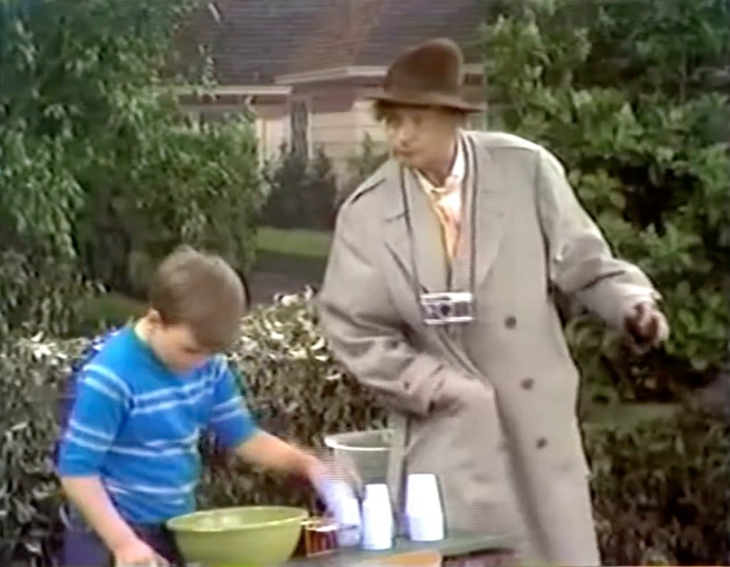"""Lemonade Stand - asking Willie to """"help"""""""