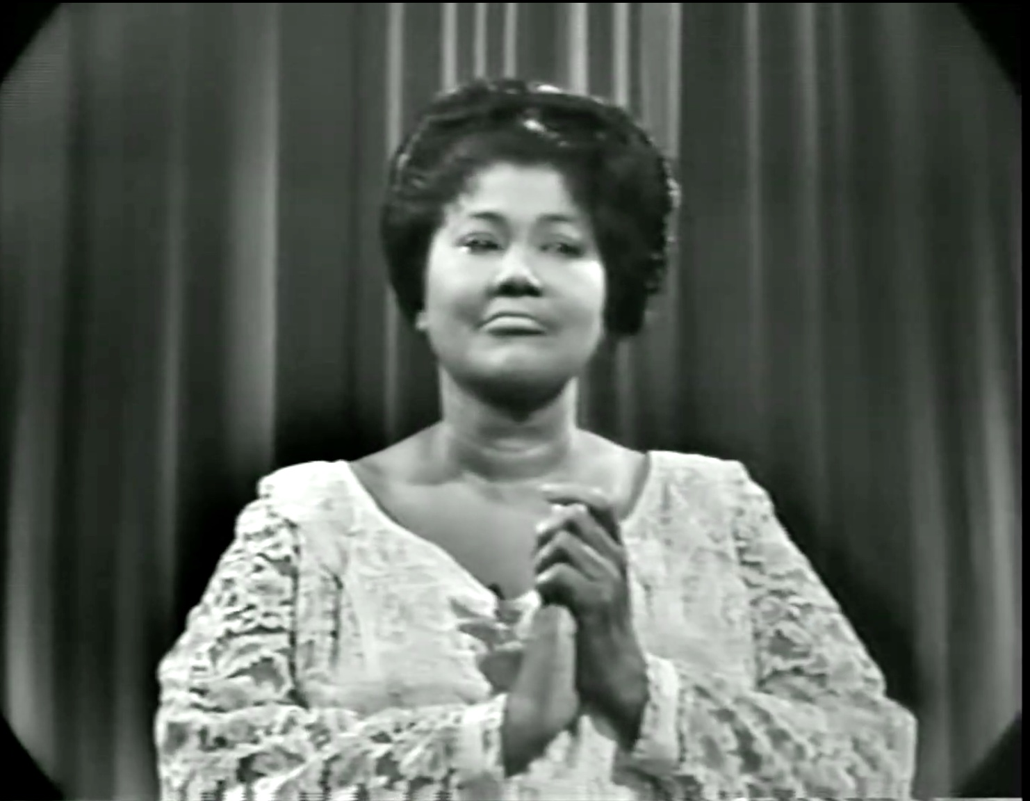 Mahalia Jackson singing 'Come On, Children' and 'I Asked the Lord',