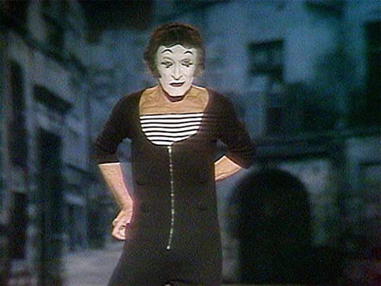 Marcel Marceau pantomimes the Tango in More Funny Faces