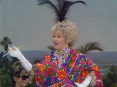 Phyllis Diller in Dial 'M' for Moron