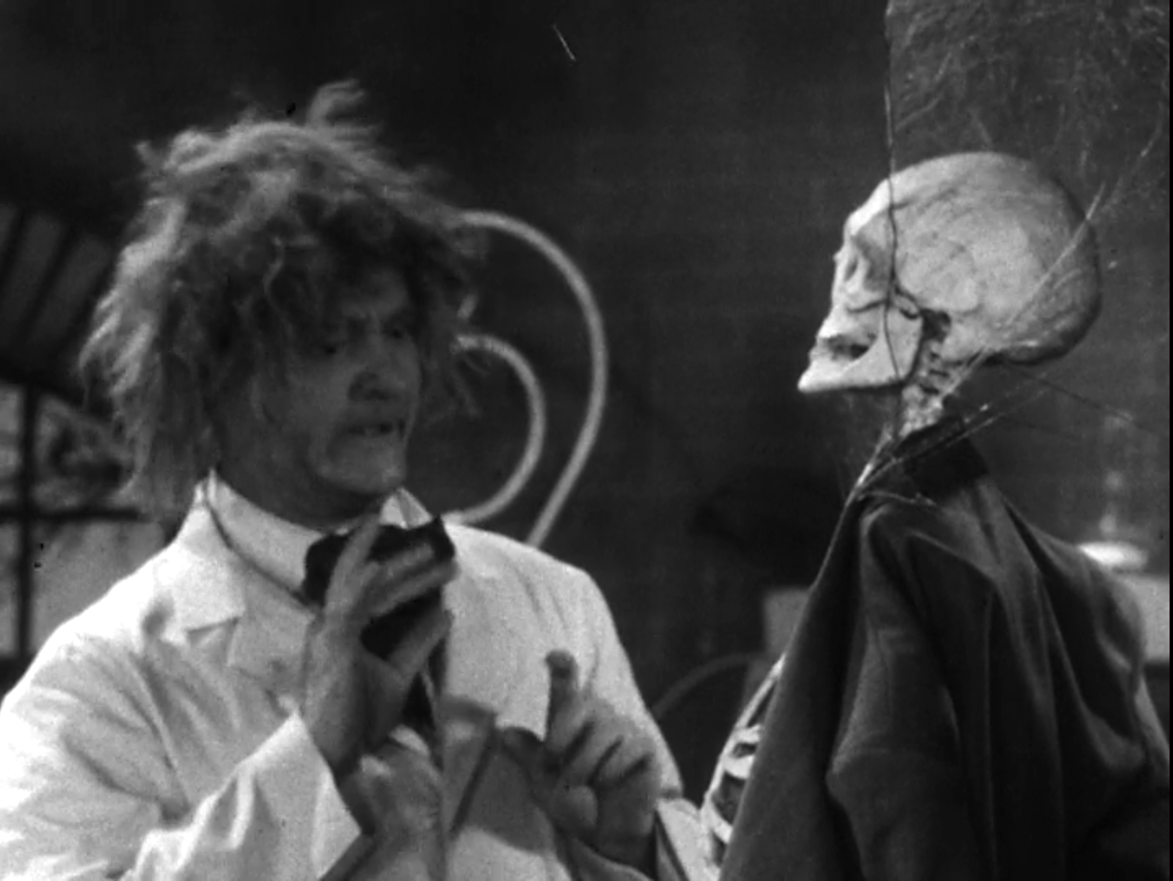 Calling Dr. Prankenstein - The Red Skelton Show season 2