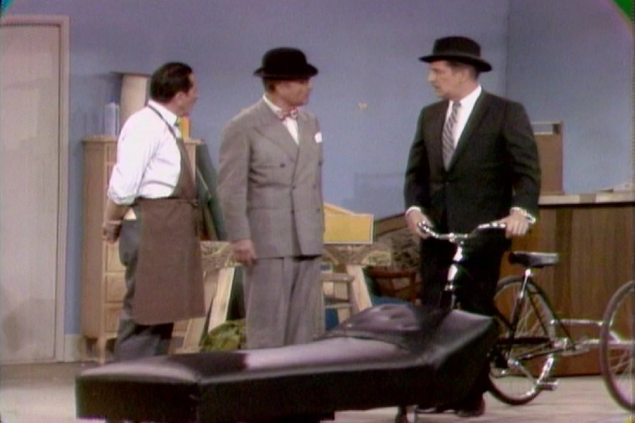 The Agony and the Nag-Ony - The Red Skelton Show season 15