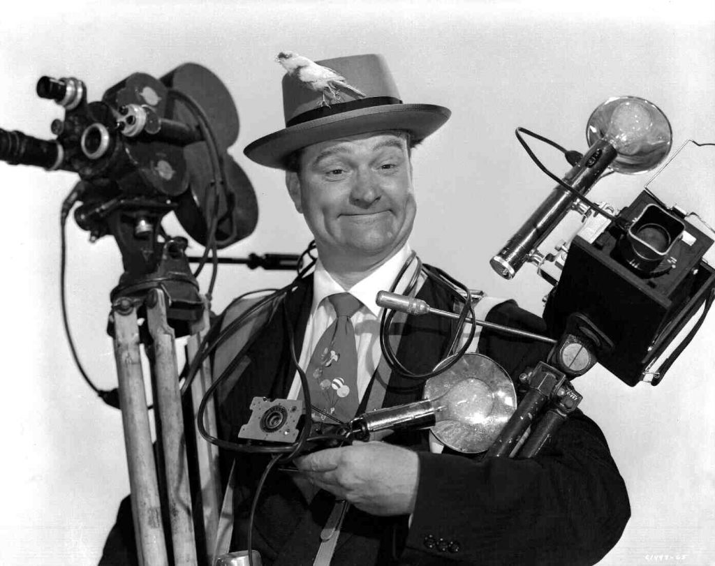 Red Skelton in Watch the Birdie