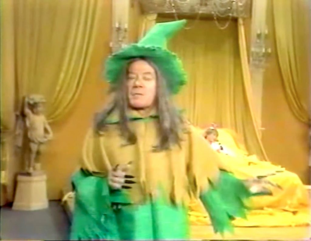 Cyril Ritchard as the Witch